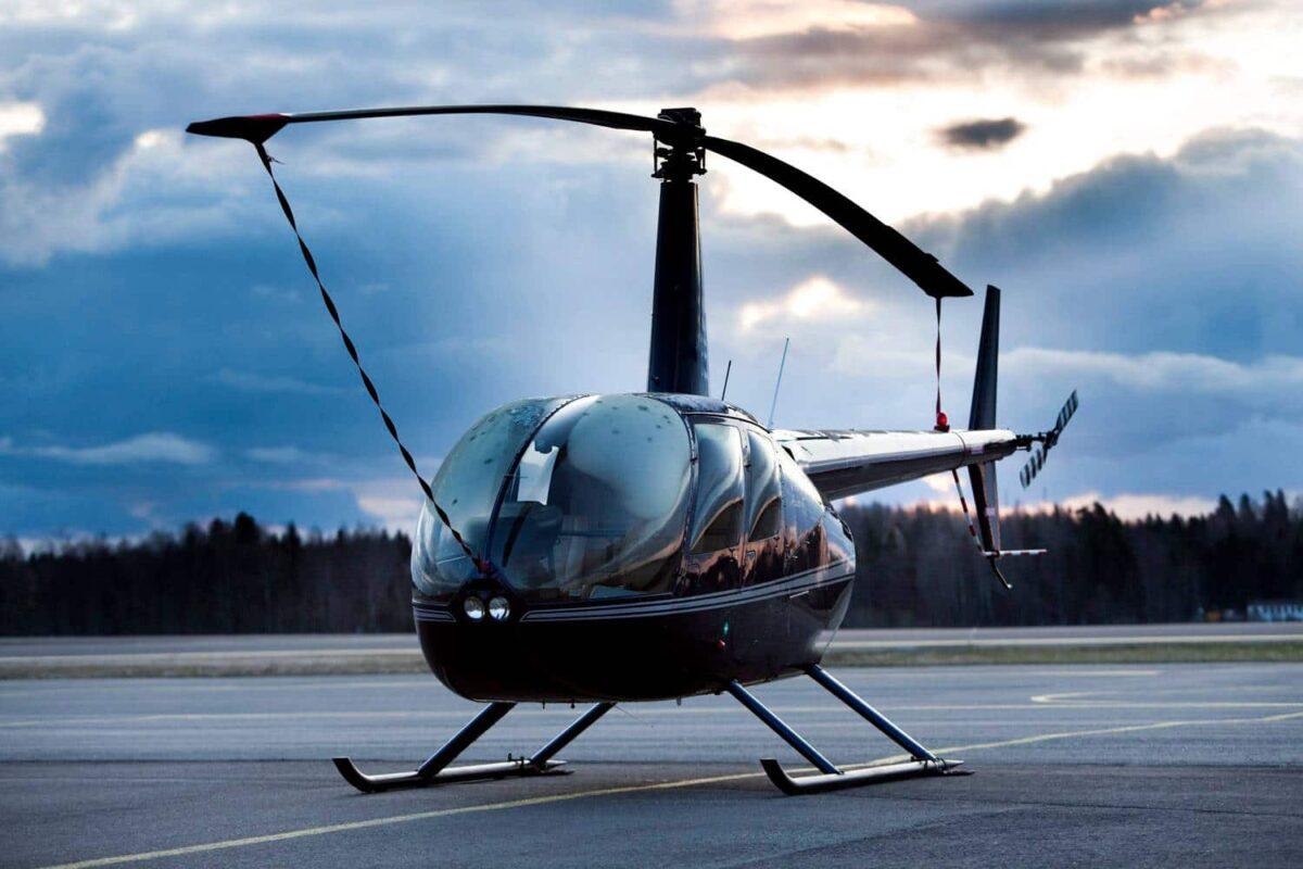 robinson-r44-1-1200x800.jpg