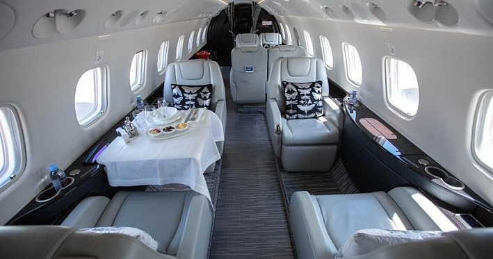 https://mosaviaservice.ru/wp-content/uploads/2020/12/arenda-embraer-legacy-650-2.jpg