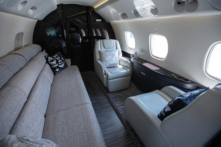 https://mosaviaservice.ru/wp-content/uploads/2020/12/arenda-embraer-legacy-650-3.jpg